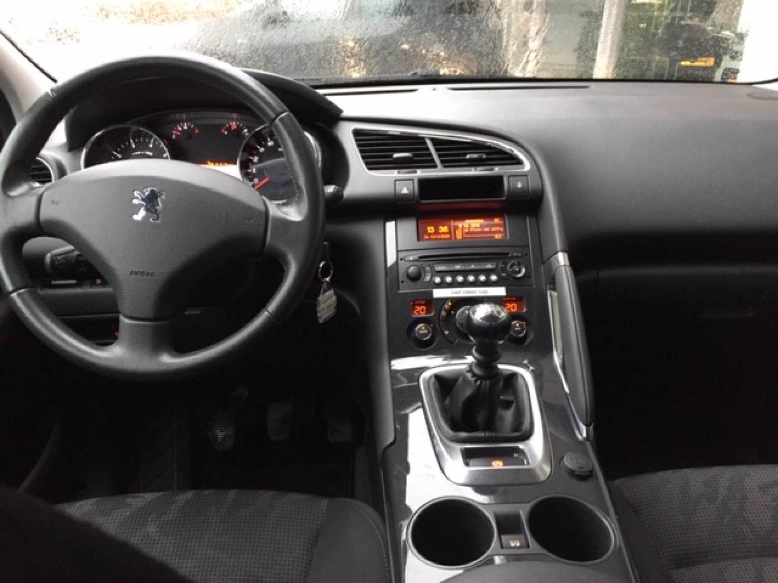 Peugeot-3008-8